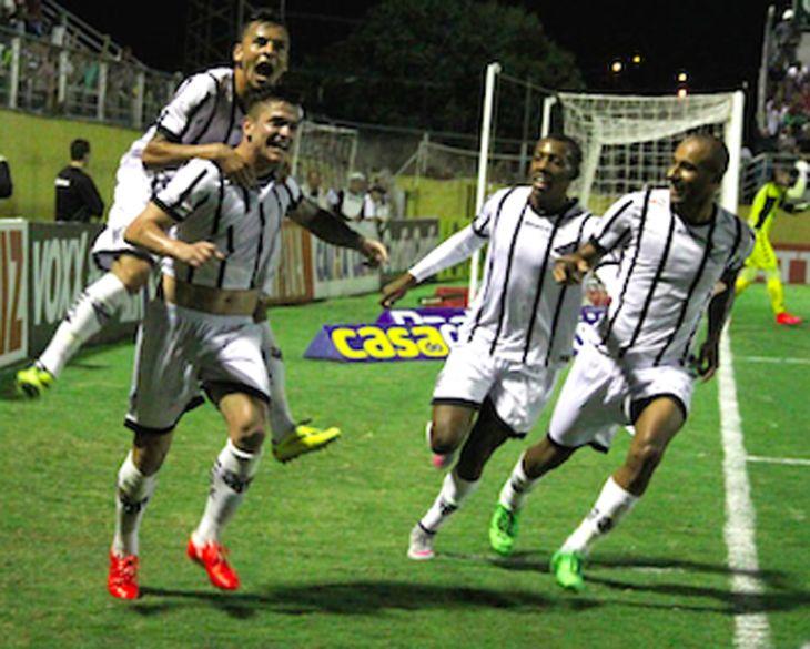Bragantino 3 x 2 Luverdense - Braga se reabilita depois do vexame sofrido  no Rio de Janeiro para o Botafogo na Série B 78fc5fec13393